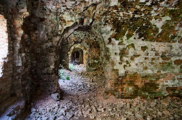 Тараканівський форт руйнується